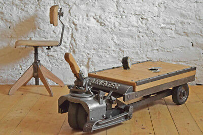 Rollpalette Vintage Loft Tisch Couchtisch rollbar Alt Steampunk industrialtable