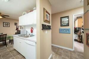 *INCENTIVES* 2 Bd w/ Balcony & Dishwasher~Non-Smoking Bldg~163