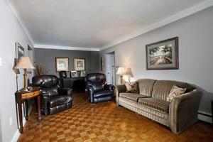 Lakeshore Manor - 2 Bedroom Apartment for Rent
