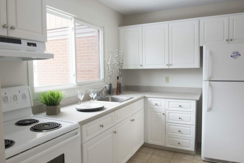 Three Bedroom Garden Homes South Centrepointe For Rent