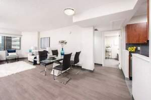 *INCENTIVES* Large Modern Bachelor in Downtown Highrise!~209