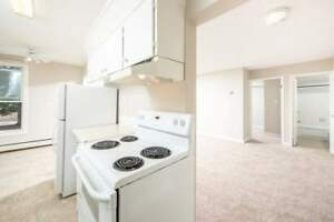*INCENTIVES* 2 Bd w/ Balcony & Dishwasher~Utilities Included!~42
