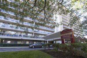 Newly Upgraded 3Bedroom Penthouse!-1690 sqft! 200 Rideau Terrace