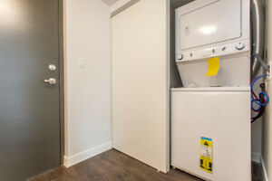 1+Den – Condo-style suites w/ in-suite laundry & A/C - Call now!