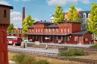 Auhagen HO 11329 Bahnhof Radeburg Bausatz Neuware
