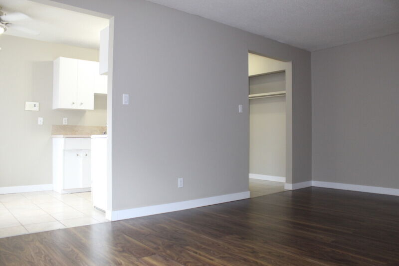Oliver Apartment For Rent | 10325 115 St NW | Long Term ...