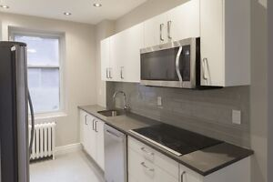 Heart of Westmount - Fully Renovated 3 Bed- Washer/Dryer - New