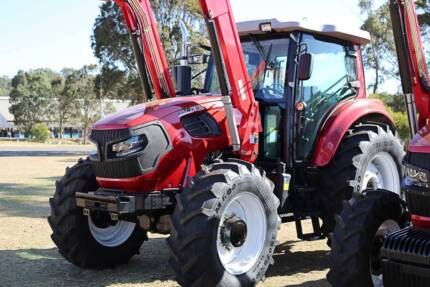 Alfa CM135 Tractor and loader