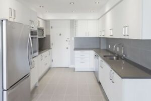 Centre-ville - Fully Renovated 2 Bed 2 bath with W/D - Downtown
