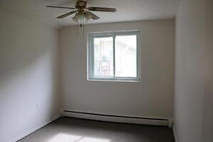 1 Bedroom Apartment for Rent in West Owen Sound w/ Balcony