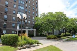 St Catharines 2 Bedroom Penthouse Apartment for Rent: Gym + Pool