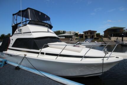 1989 Bertram 31 Flybridge Cruiser