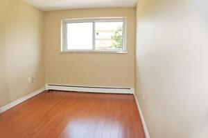 **Sarnia 1 Bedroom Apartment for Rent in a Quiet Neighbourhood** Sarnia Sarnia Area image 2