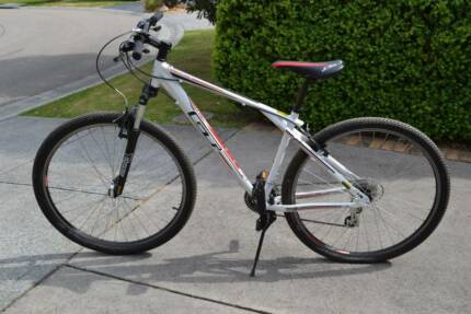 GT Timberline 2.0 Mountain bike 29er  ( Medium ) . Mount Eliza Mornington Peninsula Preview