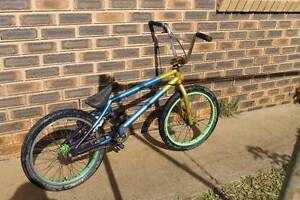 Custom Colony BMX **URGENT MUST SELL** Main Arm Byron Area Preview