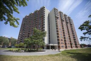 Steps to Pinecrest Shopping Centre-1300/1310 Mcwatters Rd.-3bdrm