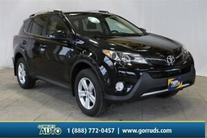 2013 Toyota RAV4 XLE FWD|Camera|Moonroof|Nav|Heated seats