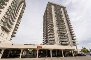 Harbour Towers - 35 Brock St - Waterfront 3bd