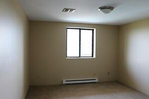 Pool, gym, social events: 2 Bedroom Kingston Apartment for Rent