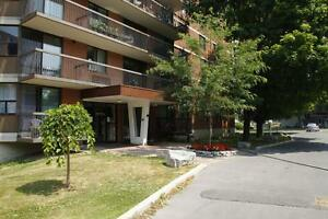 The Queen Mary - 200 Queen Mary Rd-1bdrm
