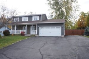 229 Hearne St - 4 Bed Family Home, Available Now!