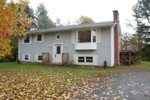 52 Portobello Dr - 4 Bedroom House, Available Now