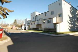 Parkland Village - 2 bedroom Townhouse House for Rent