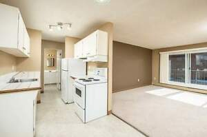 *INCENTIVES* Large 2 Bdrm Suite with Balcony ~ Wellington
