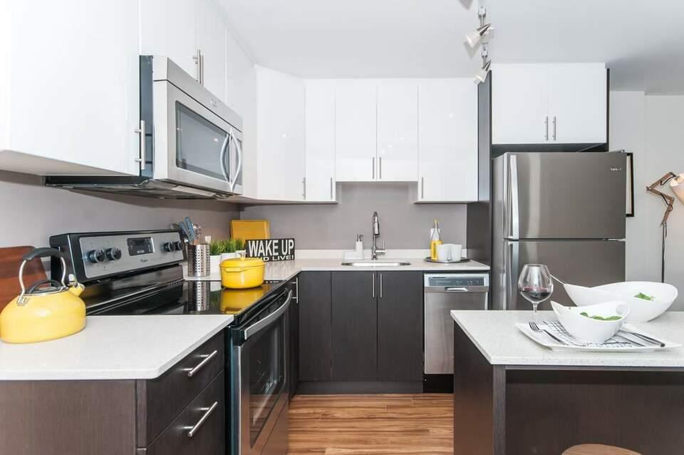 LIV Apartments: Apartment for rent in Centretown West ...