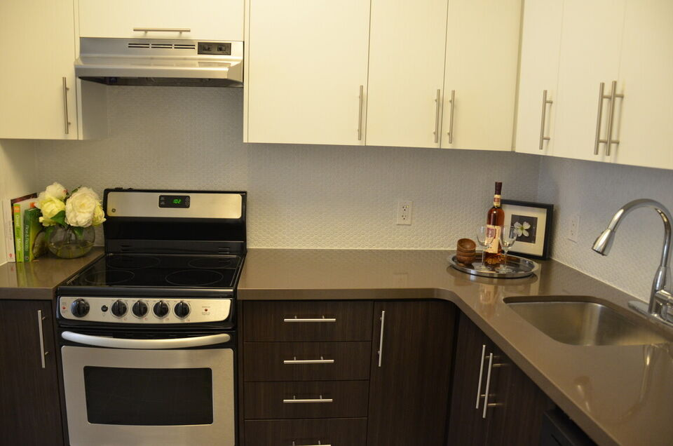 2 Bedroom Apartment For Rent - Downtown - Renovated - Call ...
