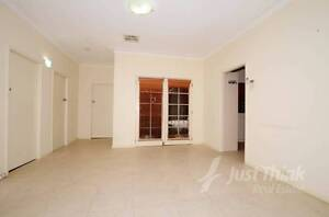 LARGE FOUR BEDROOM HOME WITH SELF CONTAINED SLEEPOUT Ermington Parramatta Area Preview