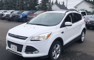2015 Ford Escape SE-BLUETOOTH * NAV * HEATED SEATS