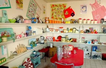 Antiques / Collectables / Vintage / Retro  - The Pickers Market Stawell Northern Grampians Preview