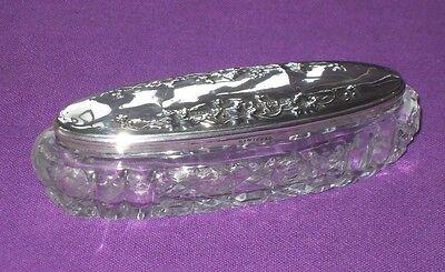 ANTIQUE EDWARDIAN 1907 STERLING SILVER GRAPE & VINE DESIGN LID GLASS PIN DISH