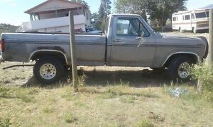 1986 Ford F-150 4x4 300 6