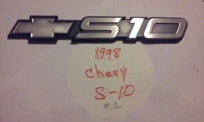 1998 Chevrolet S10 Pickup Truck Door OEM used Emblem #1