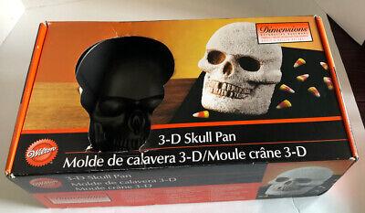 Wilton 3D Skull Cast Aluminum Cake Pan Mold Gothic Pirate Skeleton Halloween