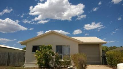 Newly Renovated 4 Bedroom 2 Bath House for Rent! Gas included Kelso Townsville Surrounds Preview