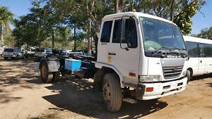 Wrecking 2006 NISSAN UD PK265 PKC215 (Stock #T0870) Mareeba Tablelands Preview