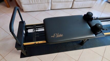 AeroPilates XP 610 Reformer
