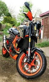 KTM Duke R '16 690 Lots of Extras