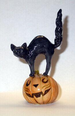 Harmony Kingdom Art Neil Eyre Designs Halloween Black Cat Kitty Scared Pumpkin ](Scared Cat Halloween)