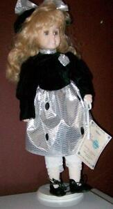 LOW, LOW Prices on Porcelain Collectable Dolls Stratford Kitchener Area image 10