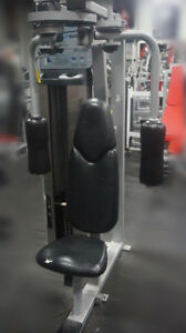Commercial Fitness Equipment Nautilus rear delt/peck fly