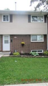 IMMACULATE CONDO ON MEADOWBROOK LANE FOR SALE