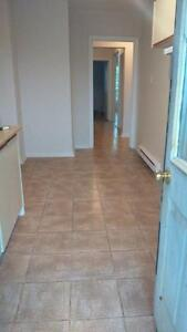 13TH MONTH FREE  -  2-BEDROOM APARTMENTS DOWNTOWN AYLMER