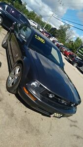 2007 Ford Mustang V6, Manual, Pony Package, Spoiler, 2 Sets of R Cambridge Kitchener Area image 6