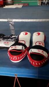 $29 get 3 Boxing Classes, and a pair of Boxing Gloves worth $69.. Loganholme Logan Area Preview