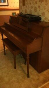 Piano Stratford Kitchener Area image 1