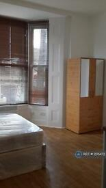 Studio flat in Stanstead Road, London, SE6